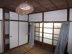 http://siio.jp/projects/house/oldhouse/100_3760.JPG